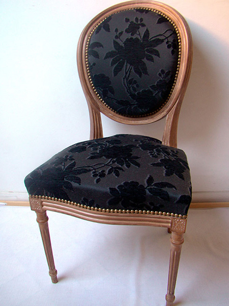 fauteuil medaillon vendre. Black Bedroom Furniture Sets. Home Design Ideas